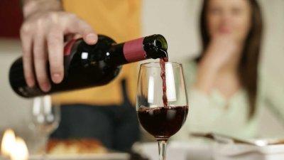 Чаша вино дневно бори депресията