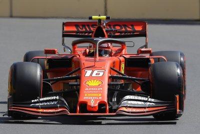 Ферари доминира и в Баку, Льоклер най-бърз в последната тренировка
