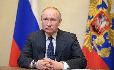 Путин нареди: Не пипайте заплатите по време на пандемия!