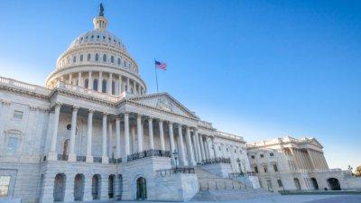 САЩ одобри финансов пакет срещу Ковид-19 за $2,2 трлн.