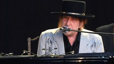 Боб Дилън пусна песен, посветена на Кенеди (ВИДЕО)