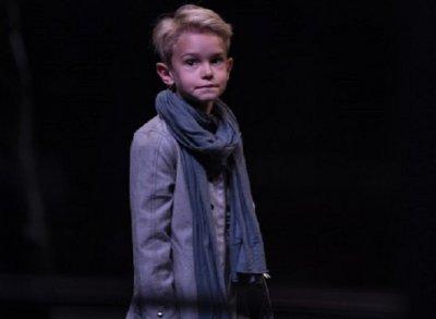 8-годишен актьор поздрави колегите за Деня на театъра