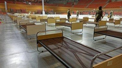 Полевата болница в Пловдив чака пациенти
