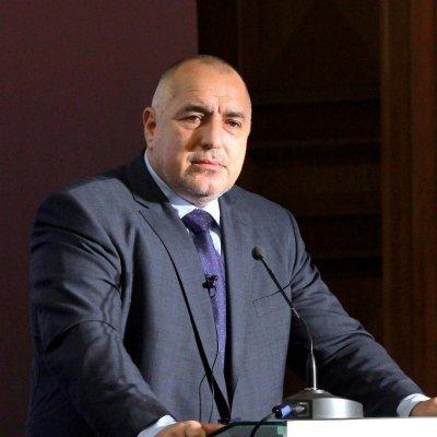 Бойко зове: Не е честно българите да влачат вируса от чужбина