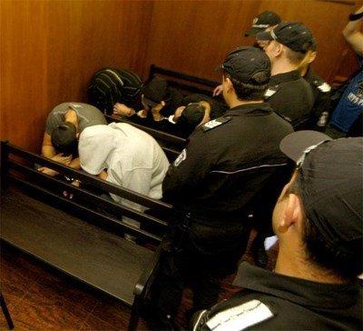 Гастрольорите осъдени, изтървали 48 бона при опит за обир