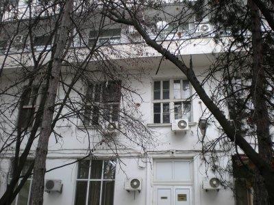 """СКАНДАЛ: Тубдиспансерът в Стара Загора лекува """"наши и ваши"""""""