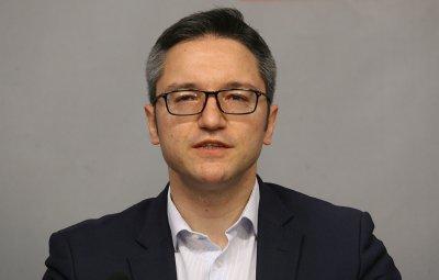 Кристиан Вигенин: Гражданите се подлагат на терор заради абсурдните заповеди