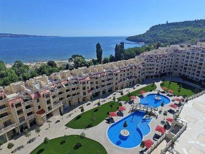 Варна поема най-тежкия удар в туризма