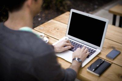Хиляди ужилени в интернет по схеми, свързани с COVID-19