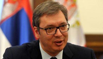 Вучич се втурна към огнищата на зараза в Сърбия