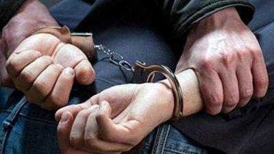 Полицията залови младеж с 25 топчета амфетамин