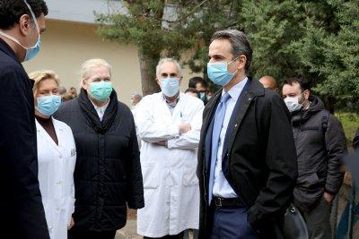 Гърция: ЕС да купи патентите за ваксина срещу коронавируса