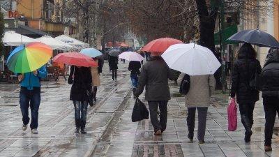 Лоша прогноза от синоптиците: Цяла седмица дъжд