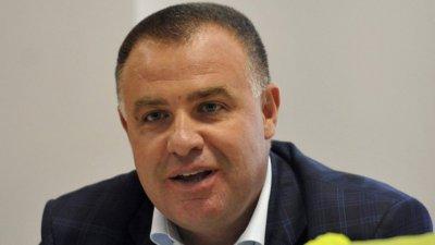 Мирослав Найденов: Оставките няма да решат проблема