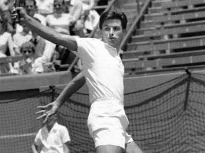Почина легендарен тенисист