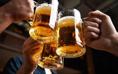 Отчаяние: Кръчмите в Прага свалят цената на бирата