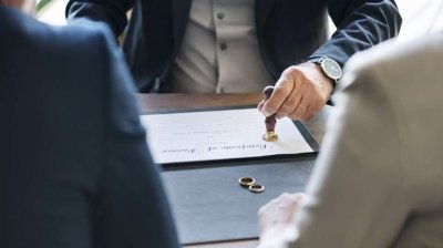 С нов закон Китай се опитва да намали разводите
