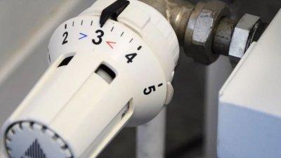 Темпове: Надвзетите пари за газ и парно връщат чак през август