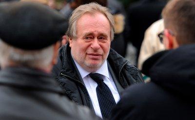 Коронавирусът уби първия министър на горивата на Русия
