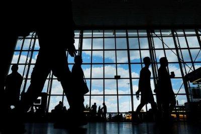 Туроператори ще връщат пари за провалени почивки най-рано наесен