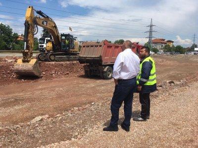 Борисов инспектира строителството на Южната дъга