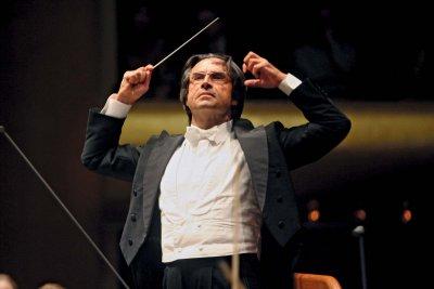 Рикардо Мути дирижира първия концерт в Италия след пандемията