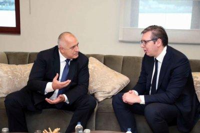 """Борисов и Вучич инспектират по въздух """"Балкански поток"""""""