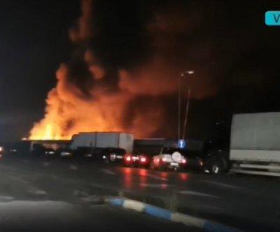 Невиждан пожар бушува в с. Кърналово