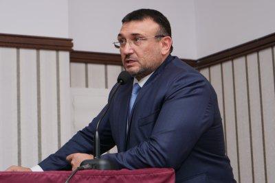 Младен Маринов награди 65 служители на столичната полиция