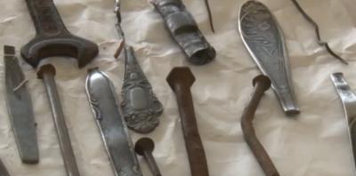 """Старозагорец се """"нахрани"""" с пирони, гаечни ключове и лъжици (СНИМКИ)"""