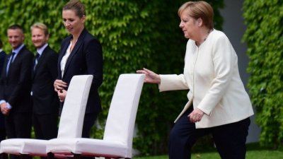 Меркел излиза в пенсия