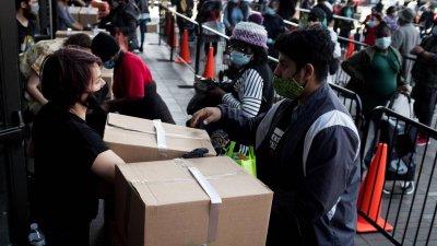 Изненадващо намаляване на безработицата в САЩ през май до 13,3%