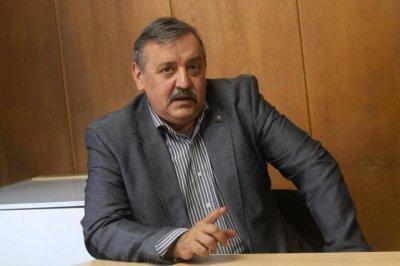 Проф. Кантарджиев: Връщаме строгите мерки