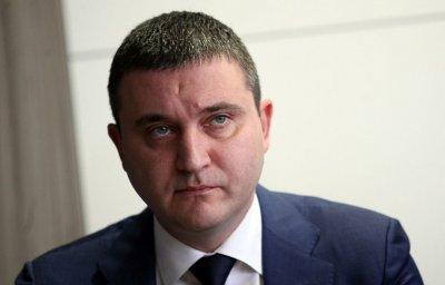 Горанов: Божков манипулира, стига с тоя панаир