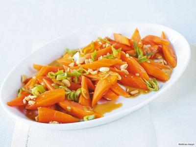 Морковена салата със соев сос
