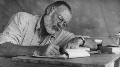 Публикуваха неизвестен разказ на Хемингуей