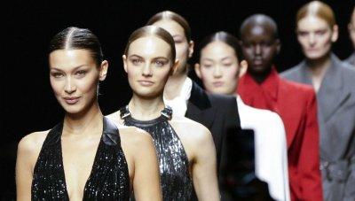 Майкъл Корс: Модният календар се нуждае от промени