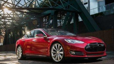 Дъно: Tesla е марката с най-ниско качество на автомобилите