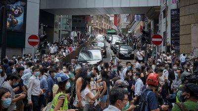Китай налага визови ограничения на американци за Хонконг