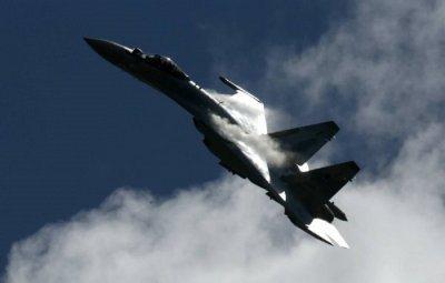 Нов кошмар за НАТО: Русия тества боен рояк изтребители, дирижиран от Су-57