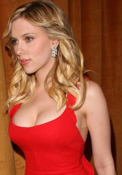 Скарлет Йохансон призна: Холивуд те принуждава да си клечка!