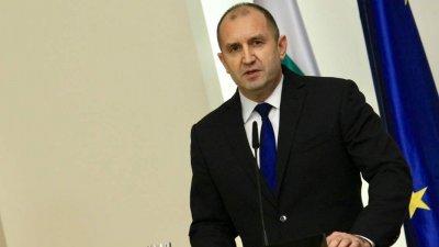 """Радев: Прокуратурата да публикува незабавно целия """"чат"""" с Пламен Бобоков"""