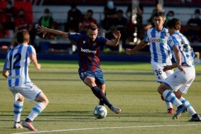 Леванте спъна Реал Сосиедад за Европа