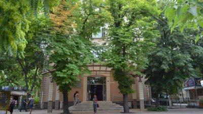 42% с двойки и тройки на изпита по български в ПУ