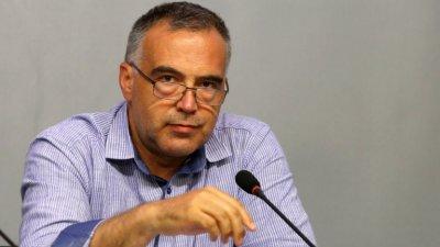 Антон Кутев размаха пръст на прокуратурата - раздавала морални оценки