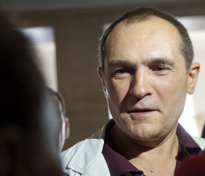 """Божков за арестите на """"неговите"""" хора: Ще има да строите много затвори"""