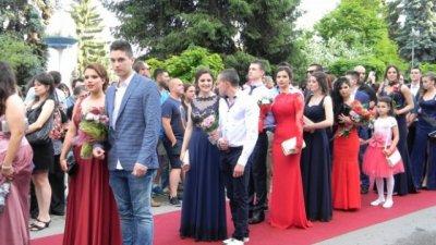 Бум на заразени абитуриенти във Велико Търново