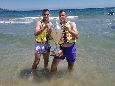 Локо Пд окъпа Купата в морето, пусна билети за финала... следващата година