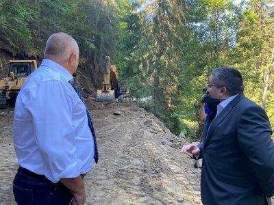 Борисов: Пътят Велинград-Сърница е почти готов
