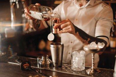 Селски бармани финтират НОИ с 3 бона заплата